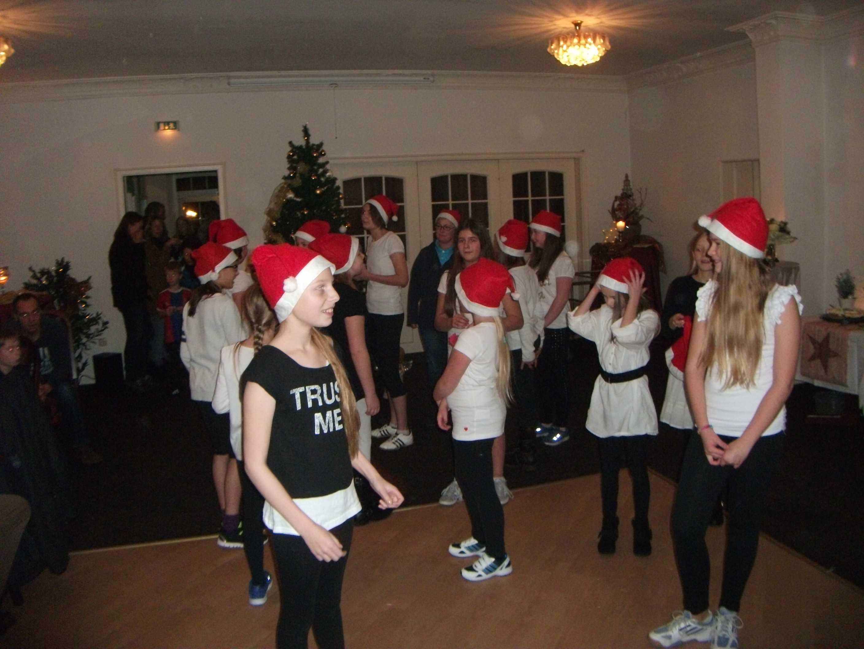 2014-12-20 Weihnachtsturnier und Punschabend (29)