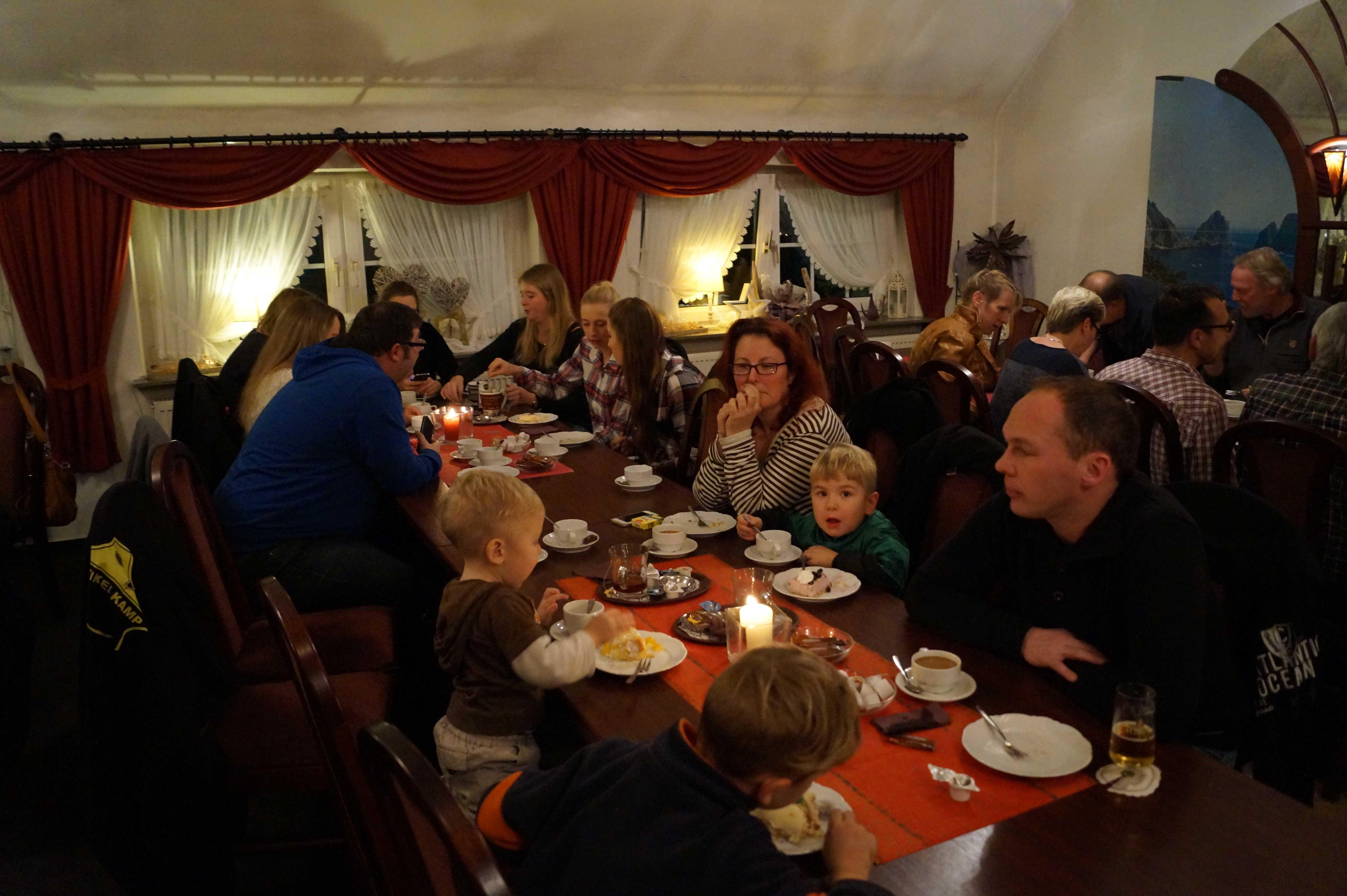 2015-12-19 Weihnachtsfeier bei Grete (7)