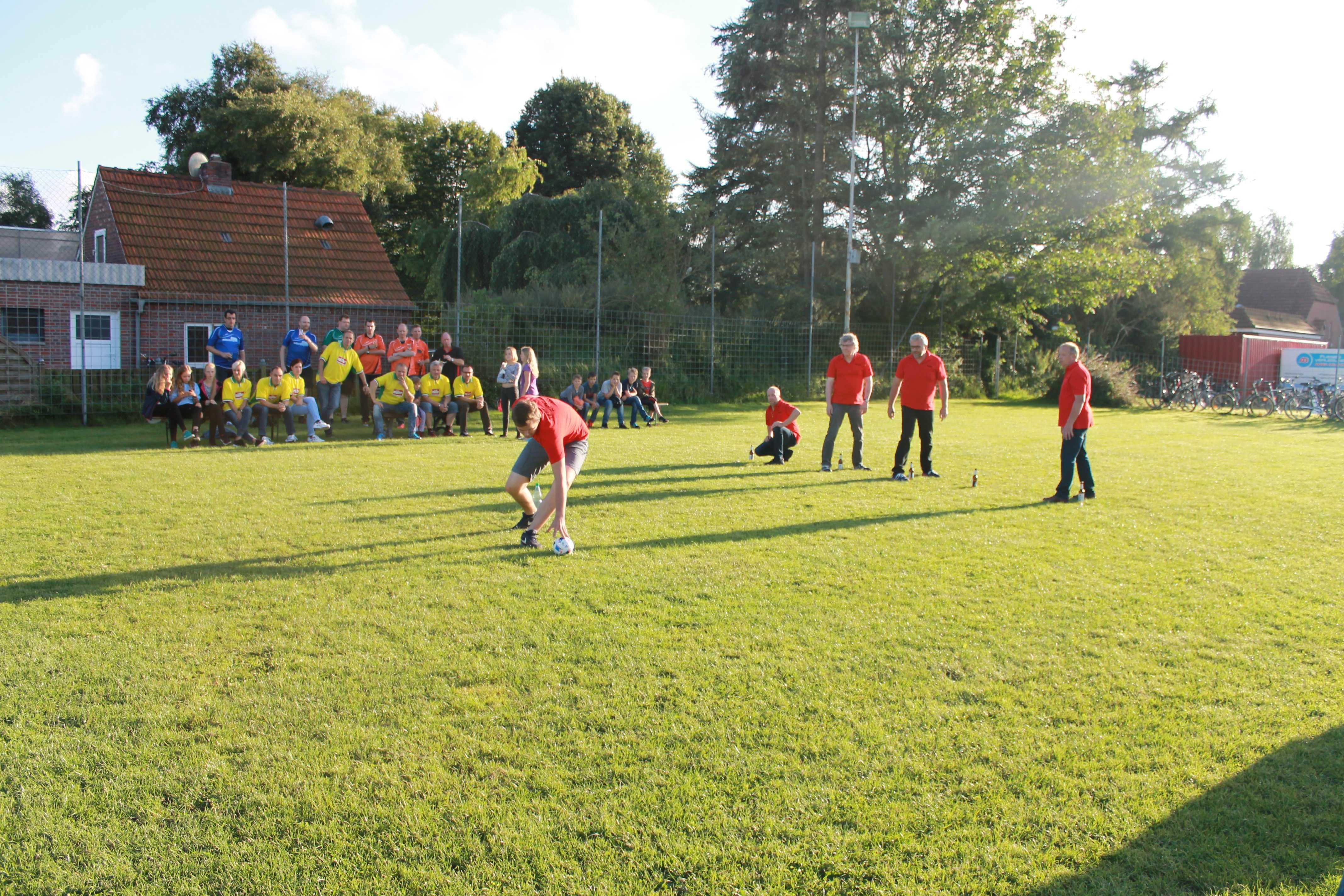 2016-08-05 Sportwoche - zweiter Freitag - Flunkyball (17)