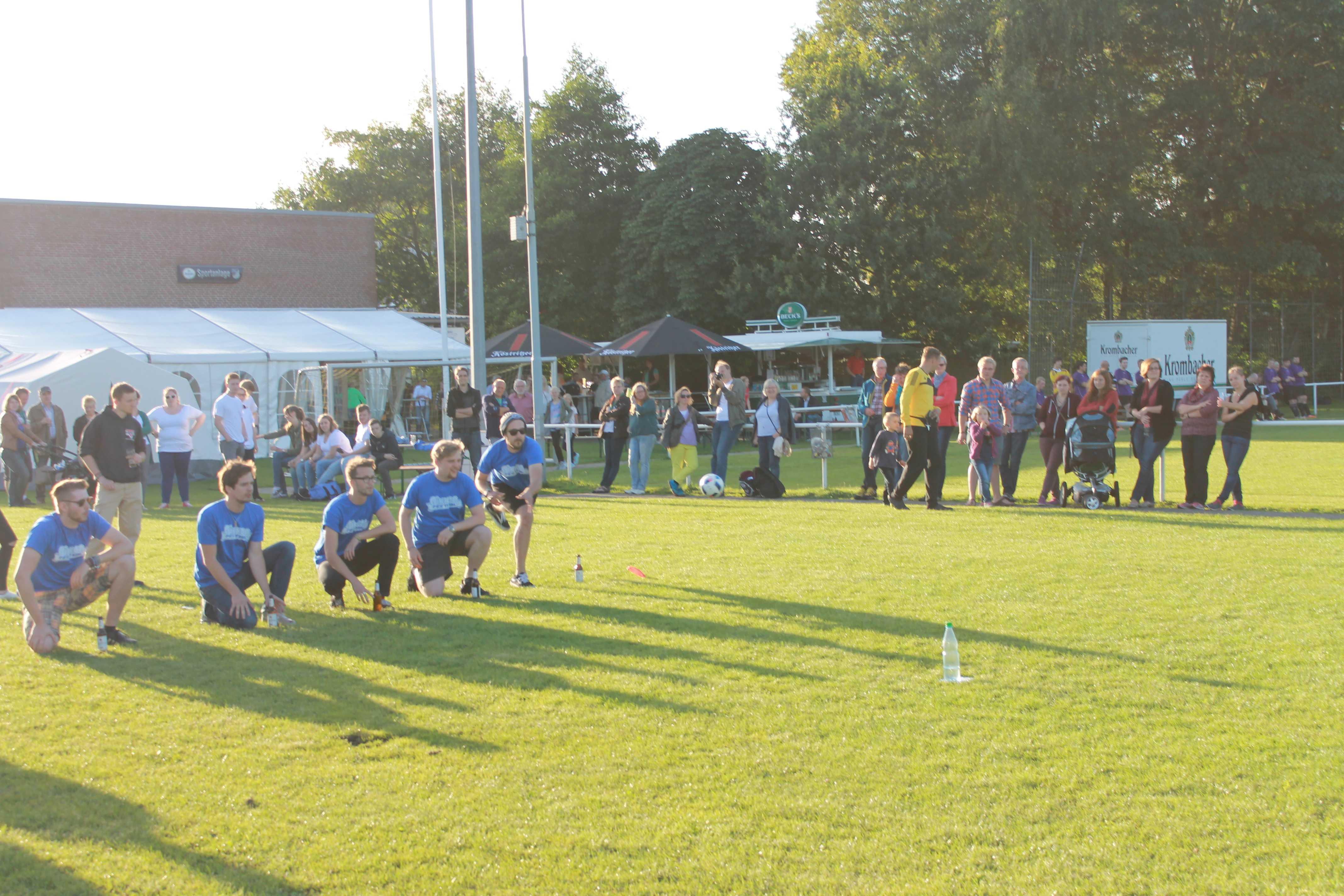 2016-08-05 Sportwoche - zweiter Freitag - Flunkyball (29)