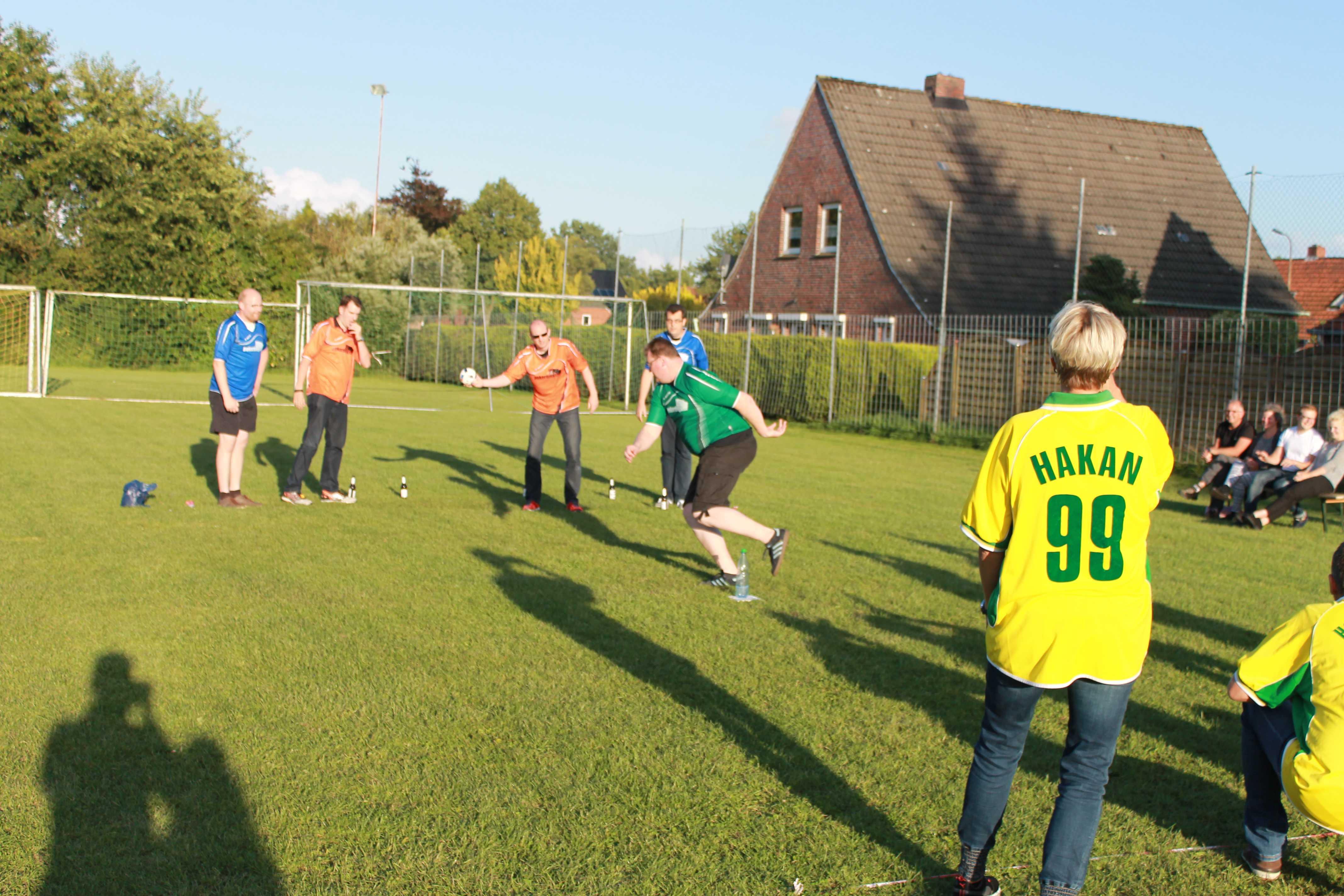 2016-08-05 Sportwoche - zweiter Freitag - Flunkyball (36)