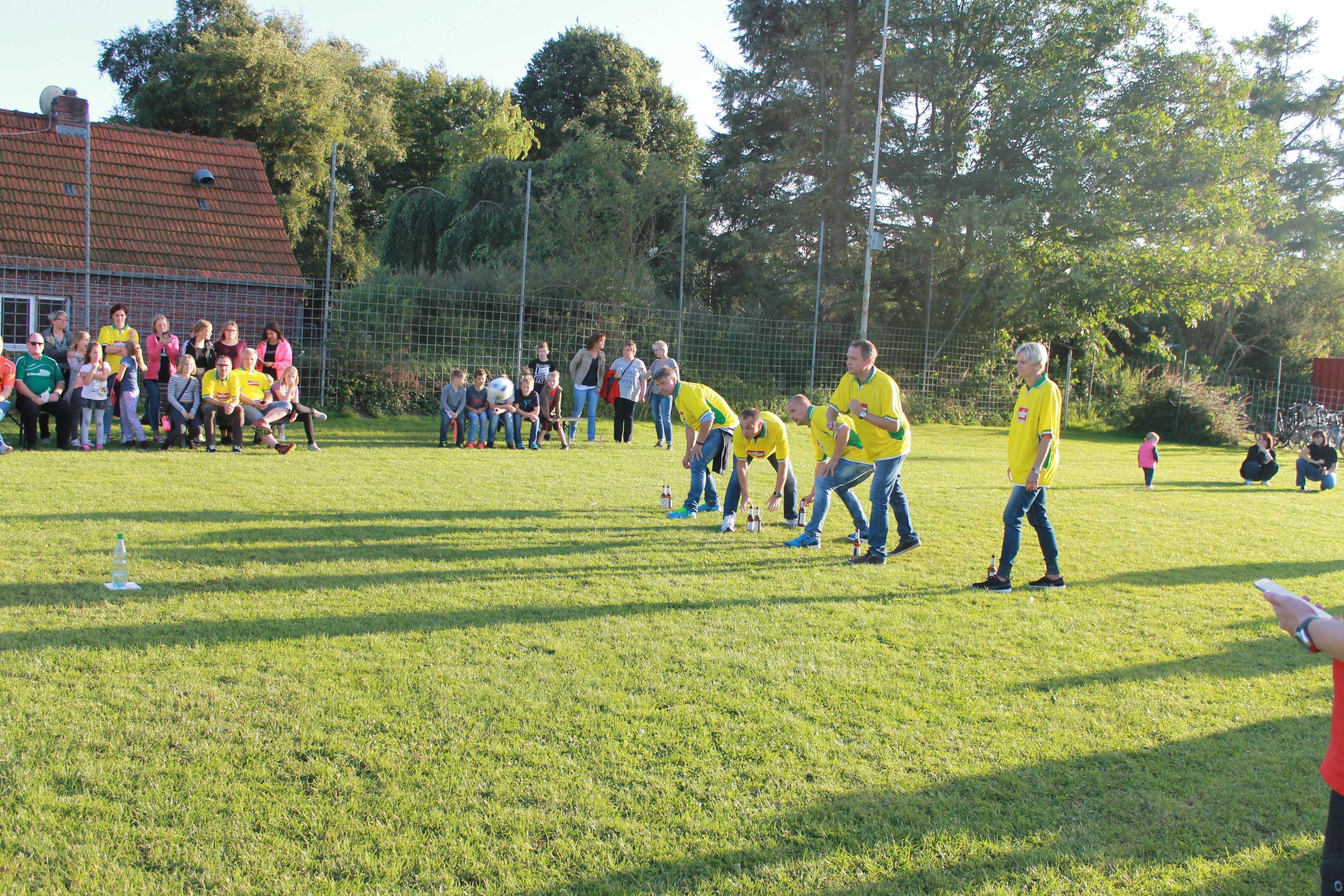 2016-08-05 Sportwoche - zweiter Freitag - Flunkyball (37)