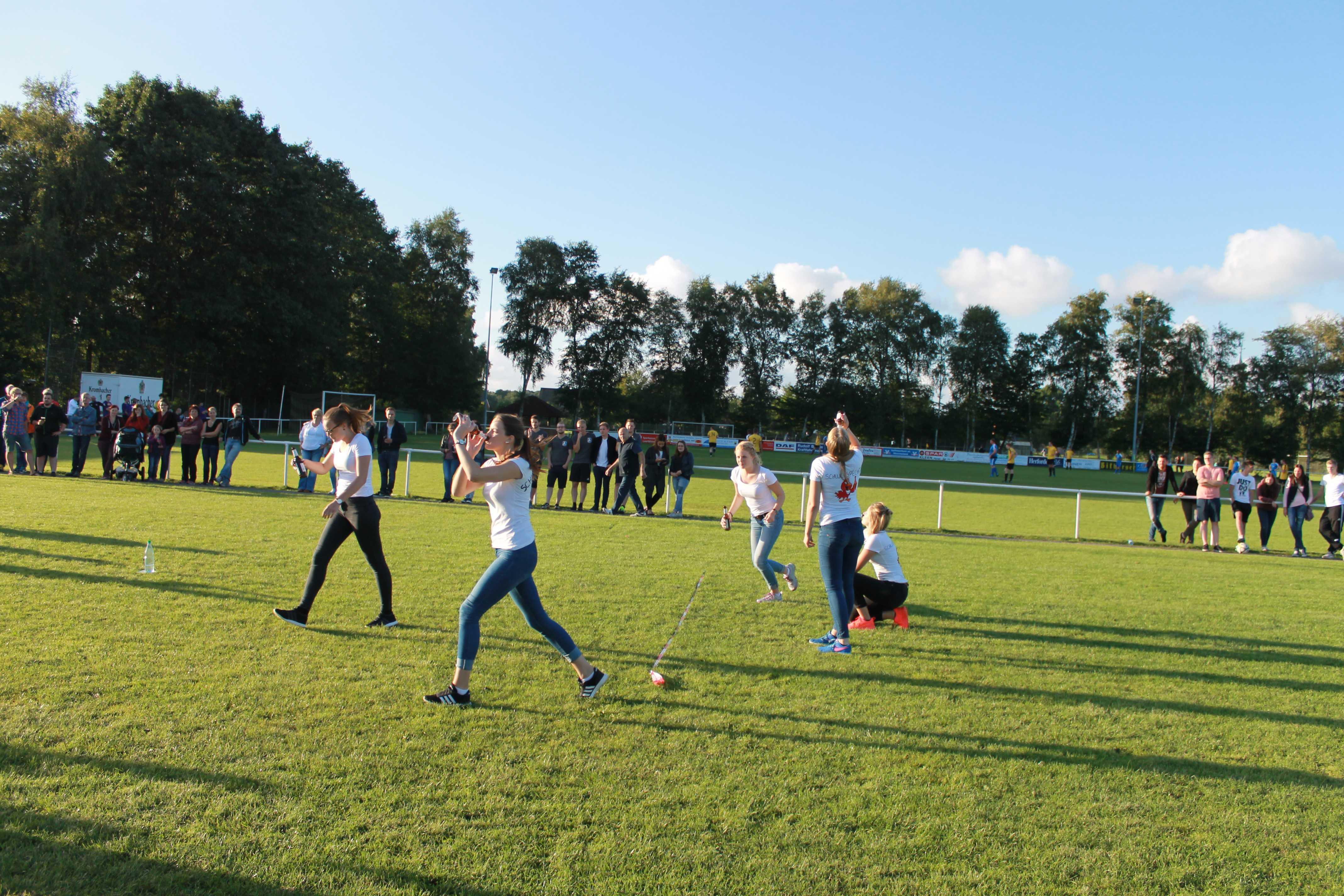 2016-08-05 Sportwoche - zweiter Freitag - Flunkyball (38)