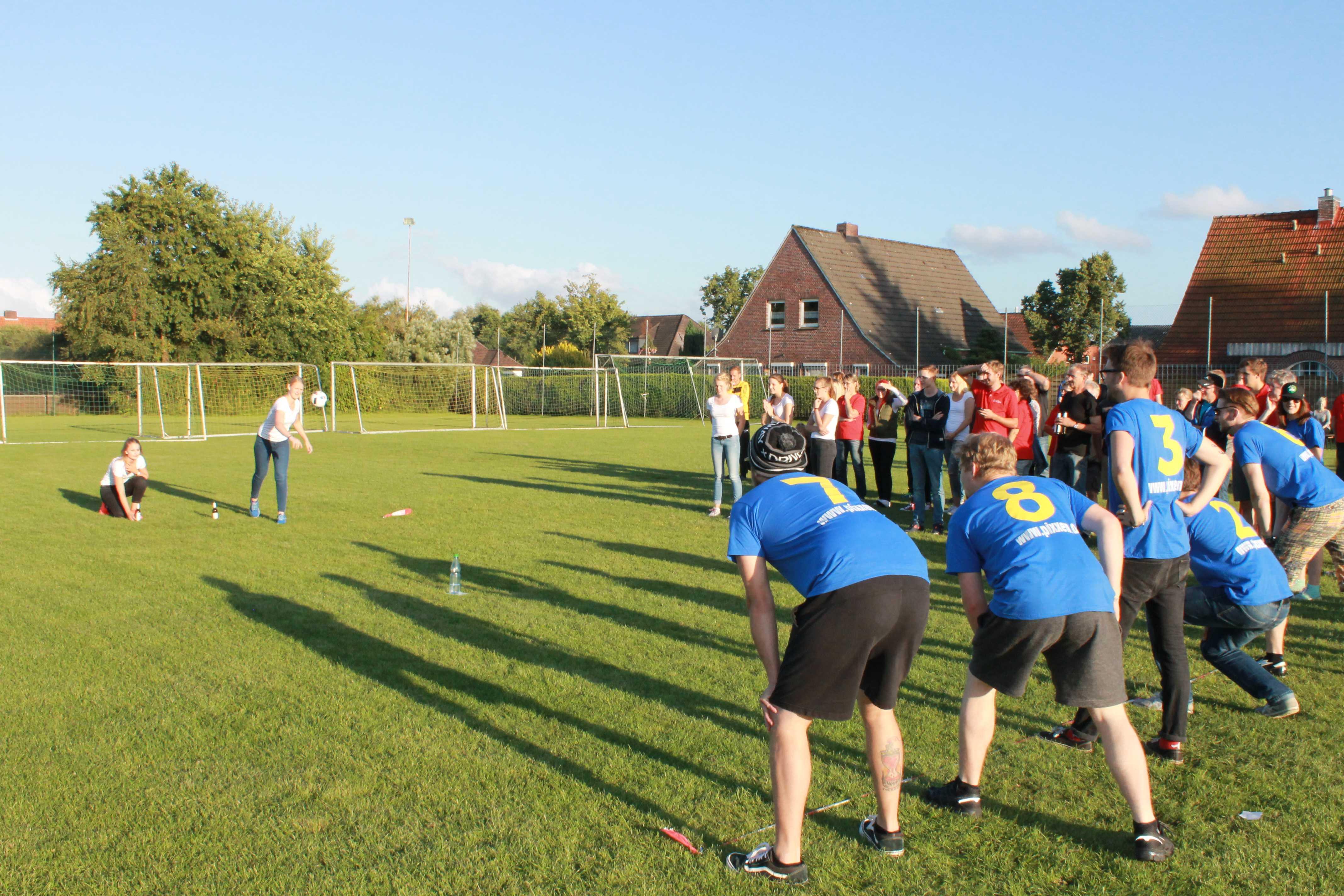 2016-08-05 Sportwoche - zweiter Freitag - Flunkyball (43)