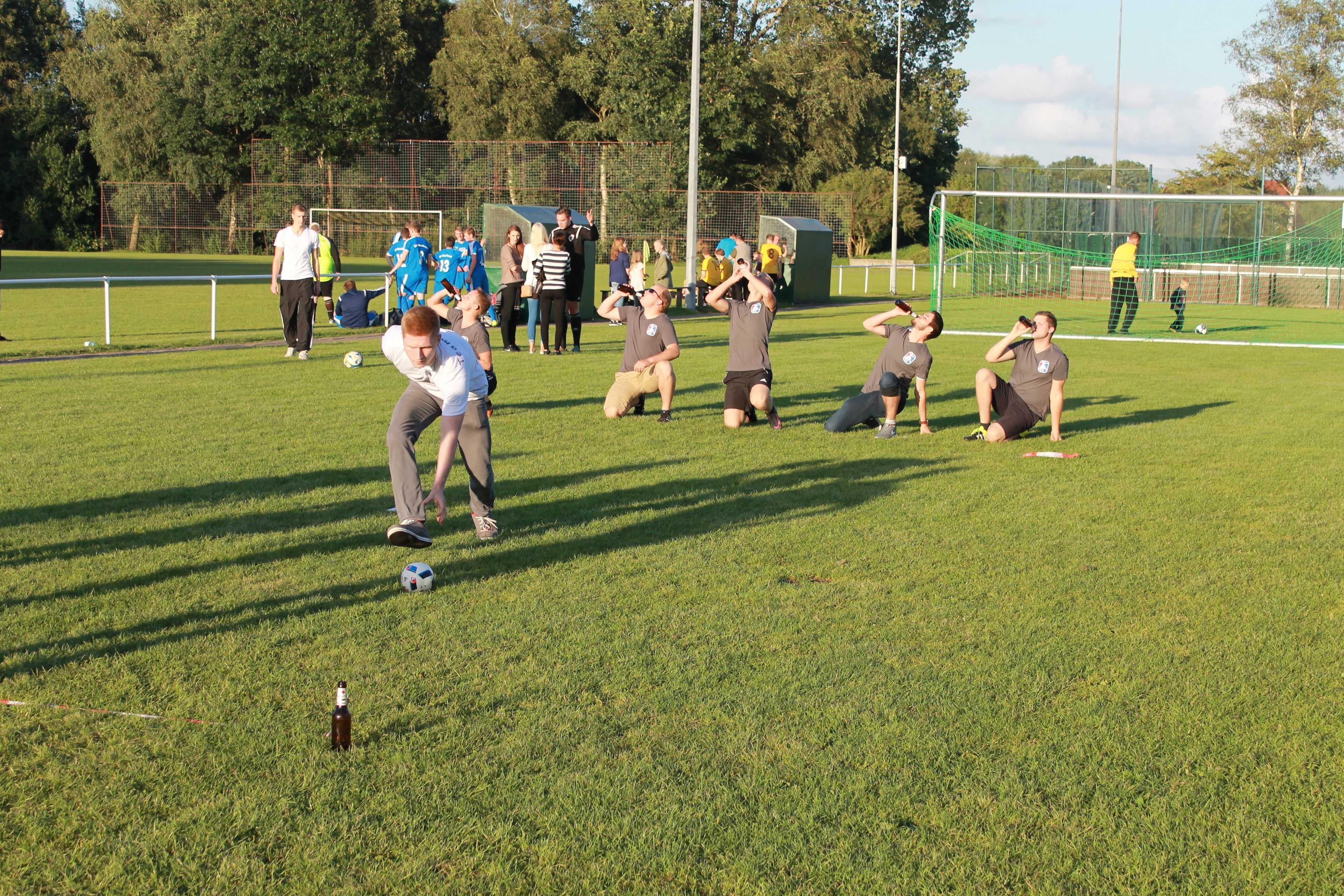 2016-08-05 Sportwoche - zweiter Freitag - Flunkyball (47)