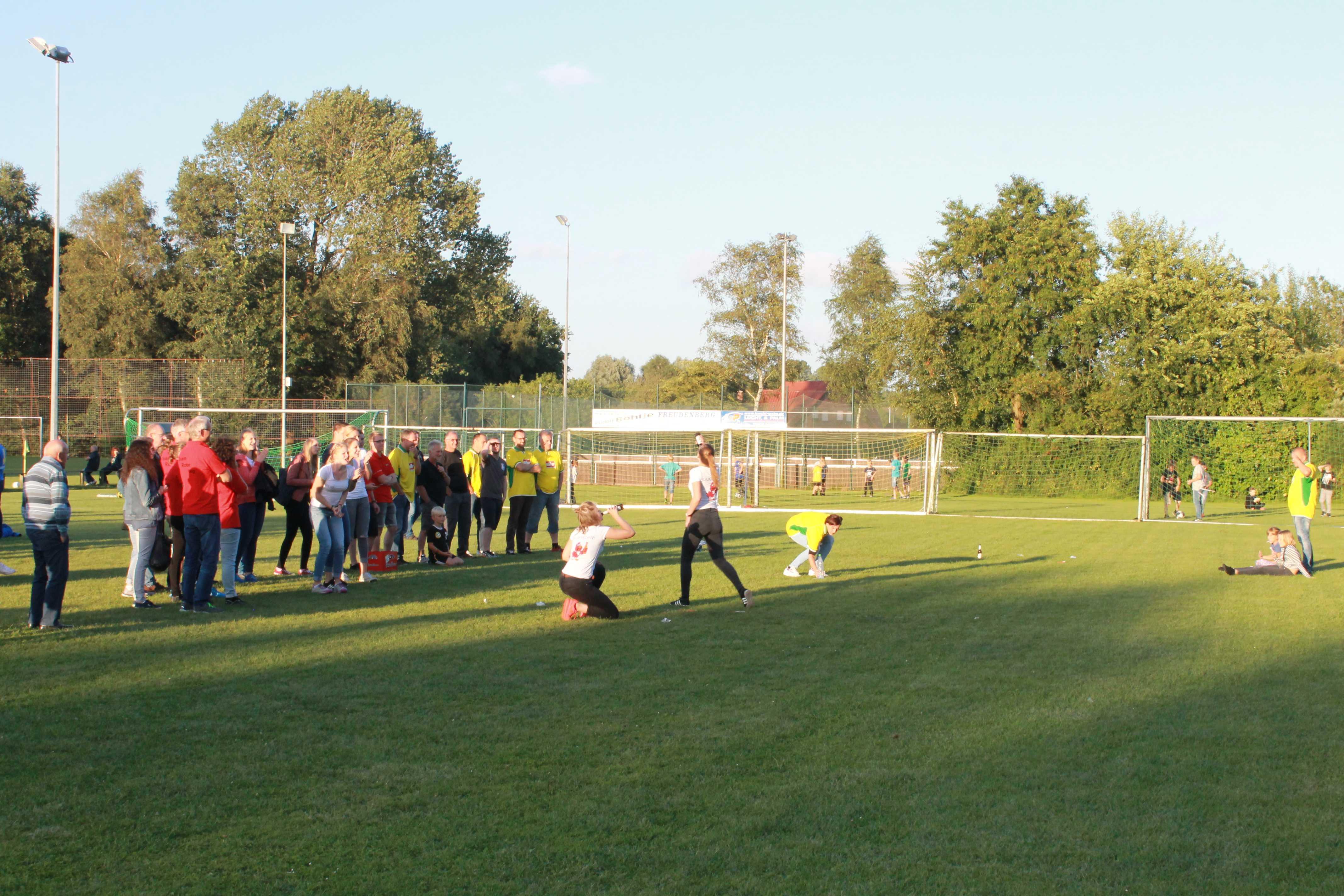 2016-08-05 Sportwoche - zweiter Freitag - Flunkyball (72)
