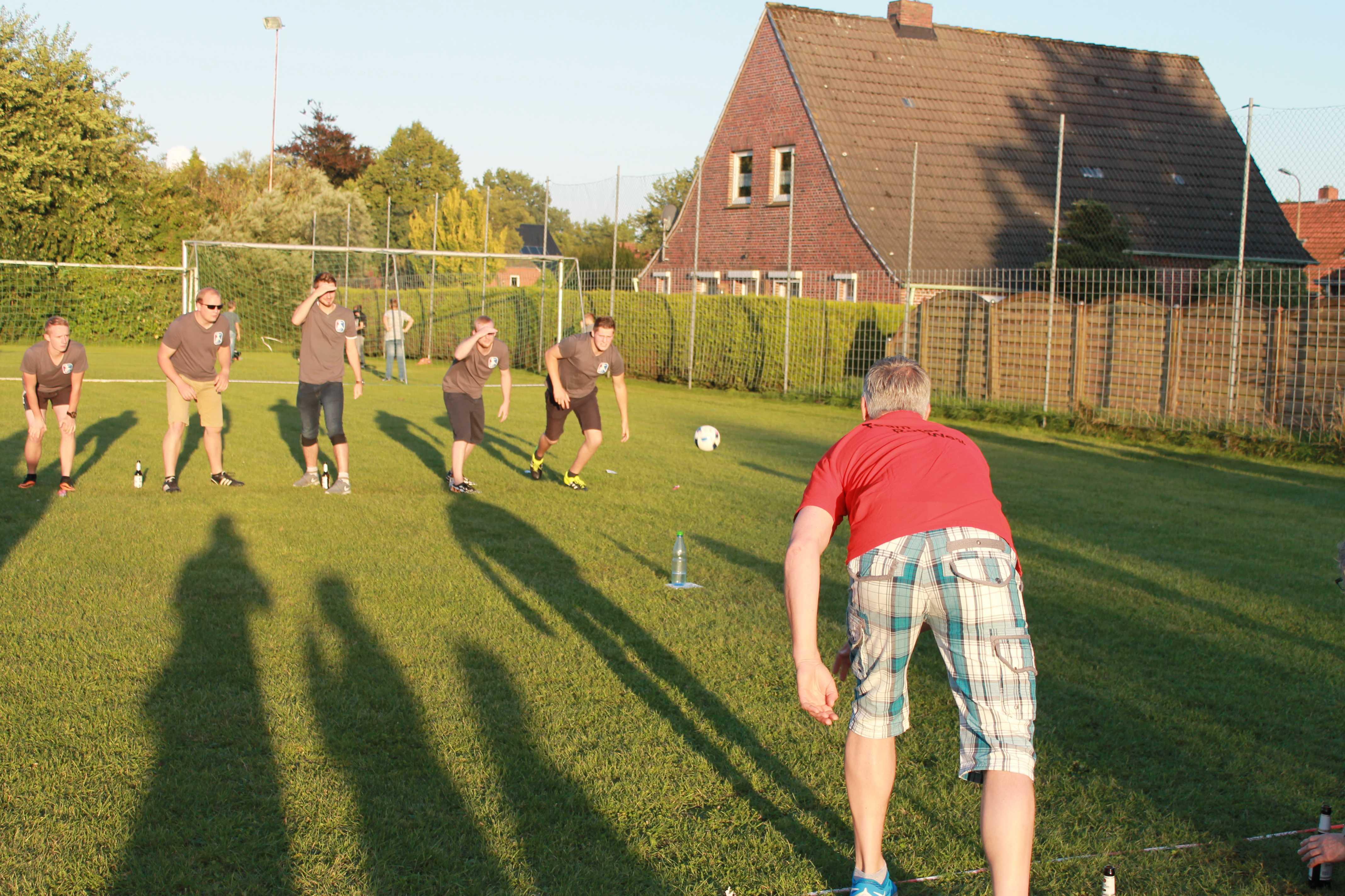2016-08-05 Sportwoche - zweiter Freitag - Flunkyball (75)