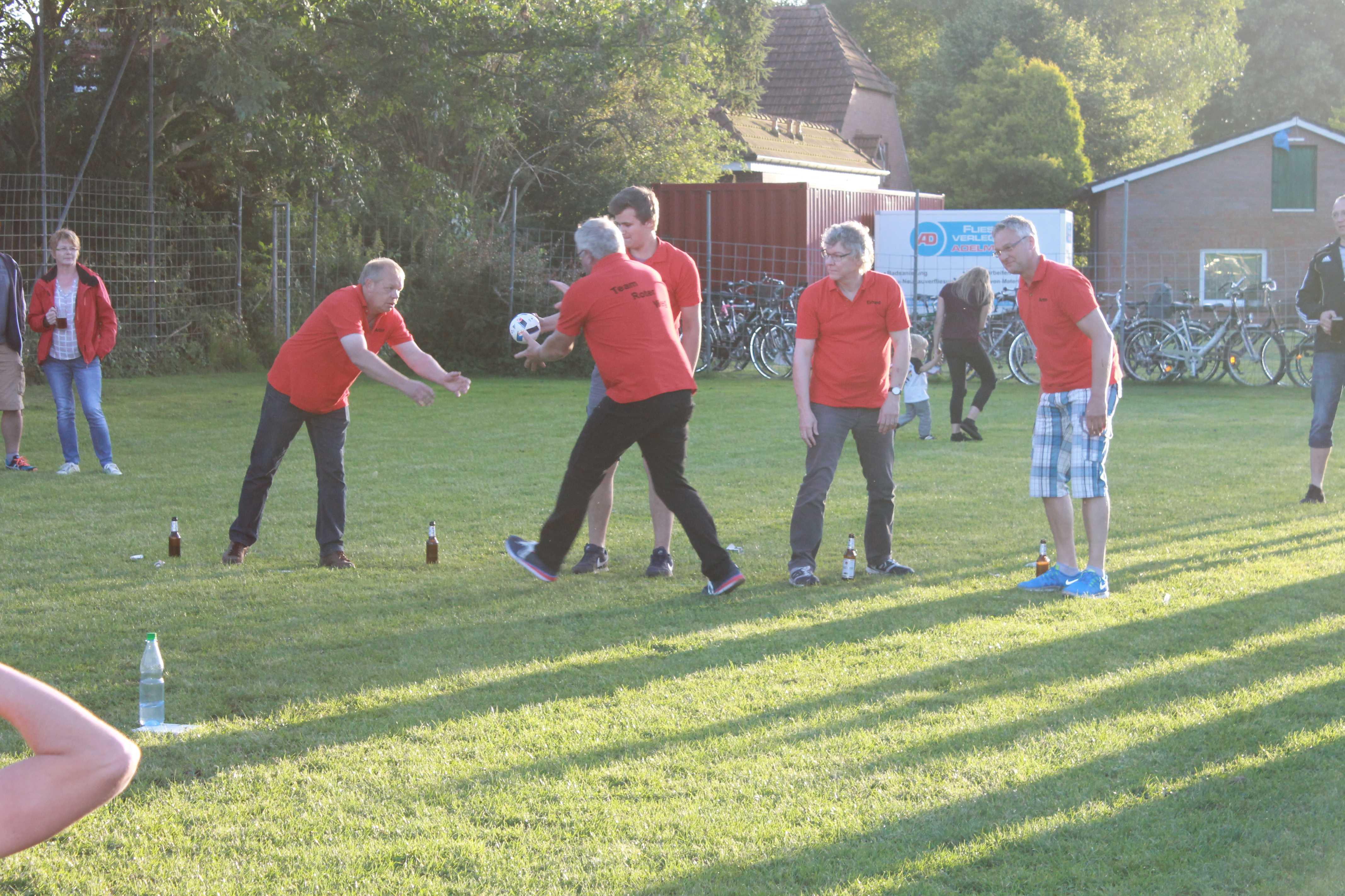 2016-08-05 Sportwoche - zweiter Freitag - Flunkyball (84)
